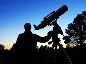 astronomer_at_dusk